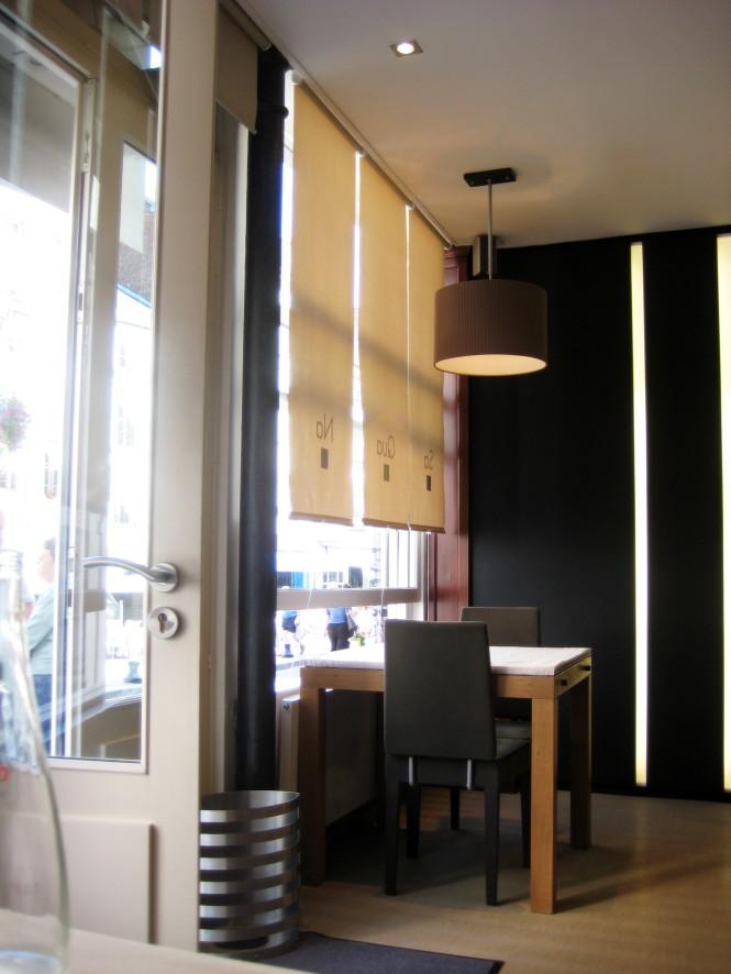 O salão, simples e elegante com aroma à Trufas negras.
