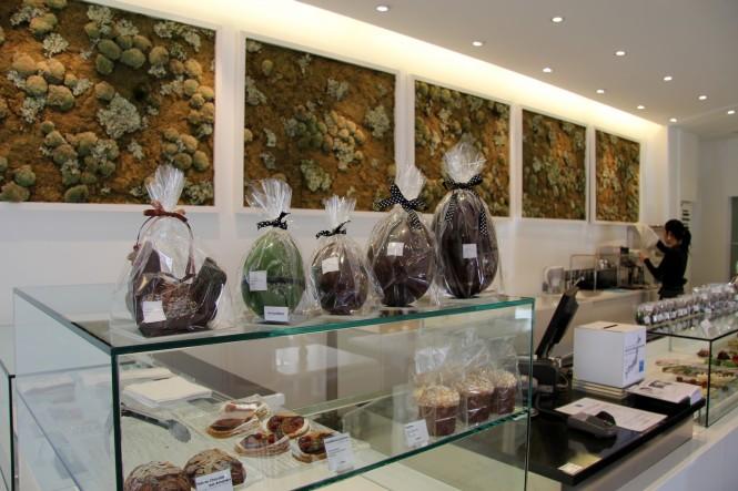 Detalhe das Galinhas de chocolate, feitas para a época de Páscoa. Tradição francesa.