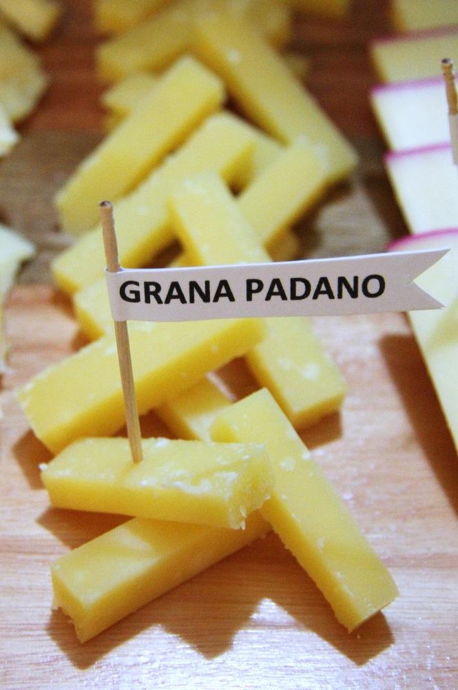 Tabua de queijos Grana Padano 1